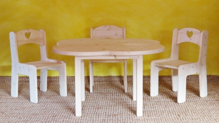 sedie e tavolino per bimbi 1020x600